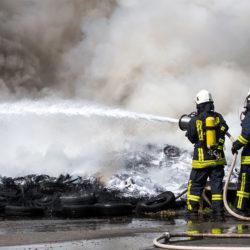 Schaummittel bei Reifenbrand