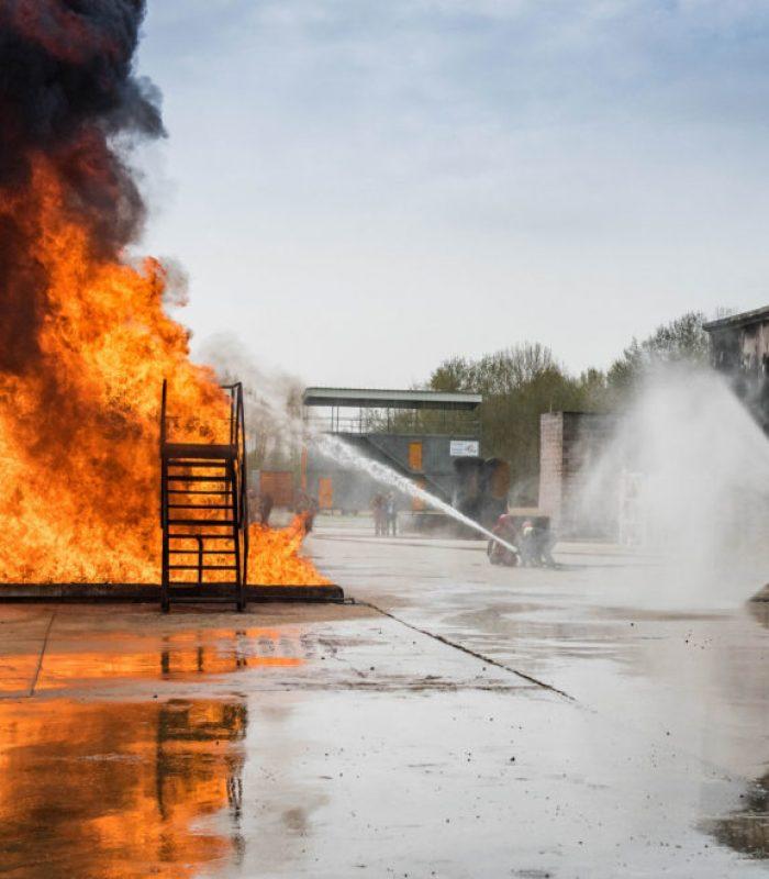 entrenamiento para ejercicos de extinction de incendios